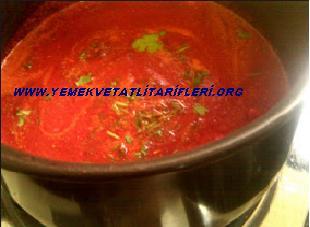 Kırmızı Pancarlı Havuç Çorbası Tarifi