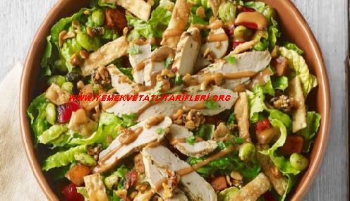 Rokalı Portakal Soslu Tavuk Salatası