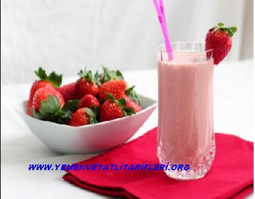 Çilekli Milkshake Tarifi