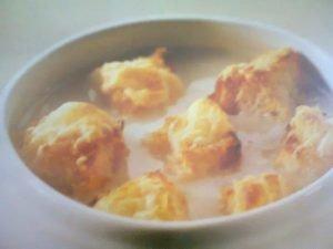 Peynirli Soğan Çorbası Tarifi