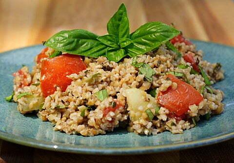 Fesleğenli Buğday Salatası Tarifi